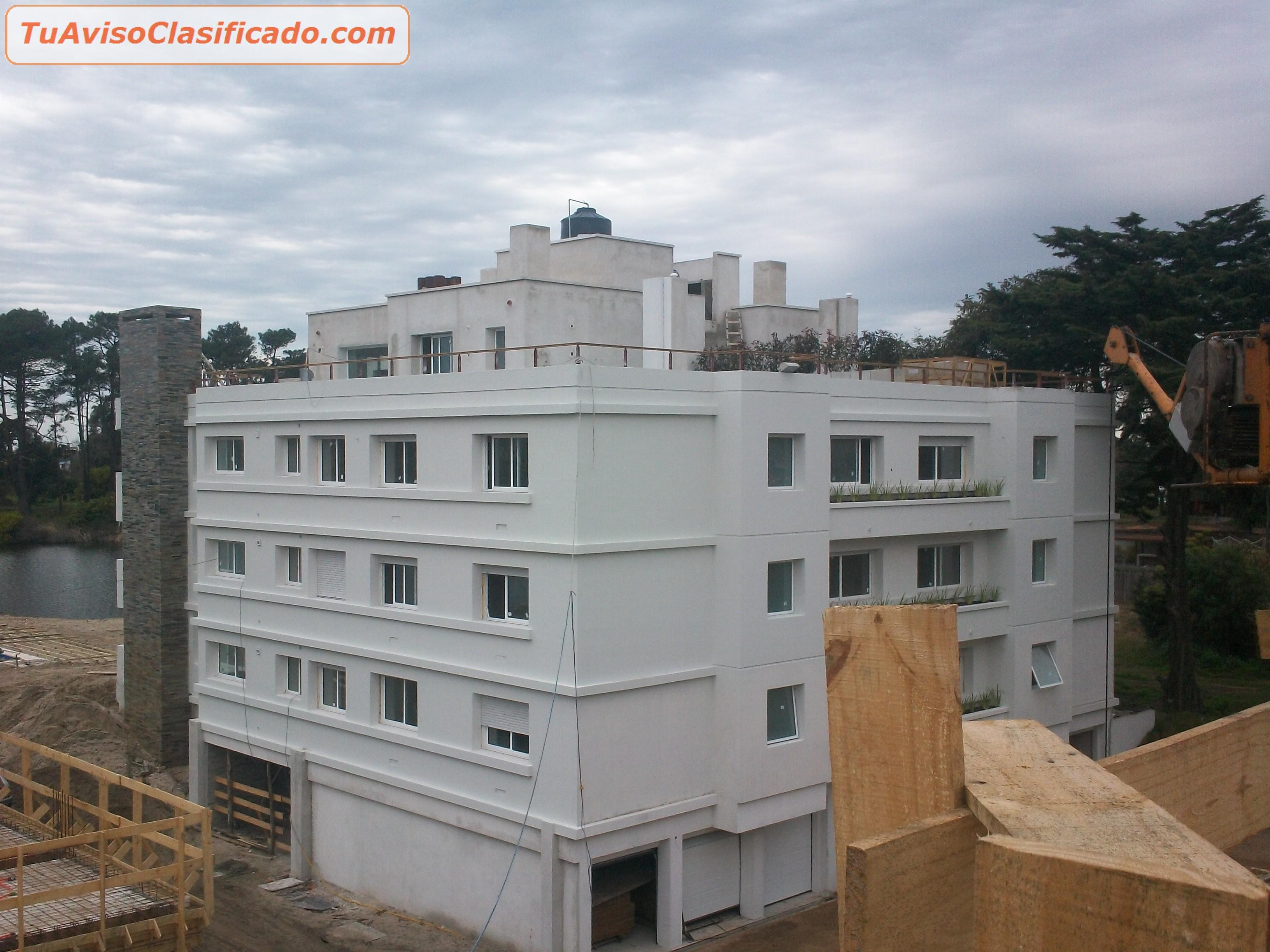 Construccion de obras y piscinas en todo el pa s con for Construccion de piscinas en uruguay